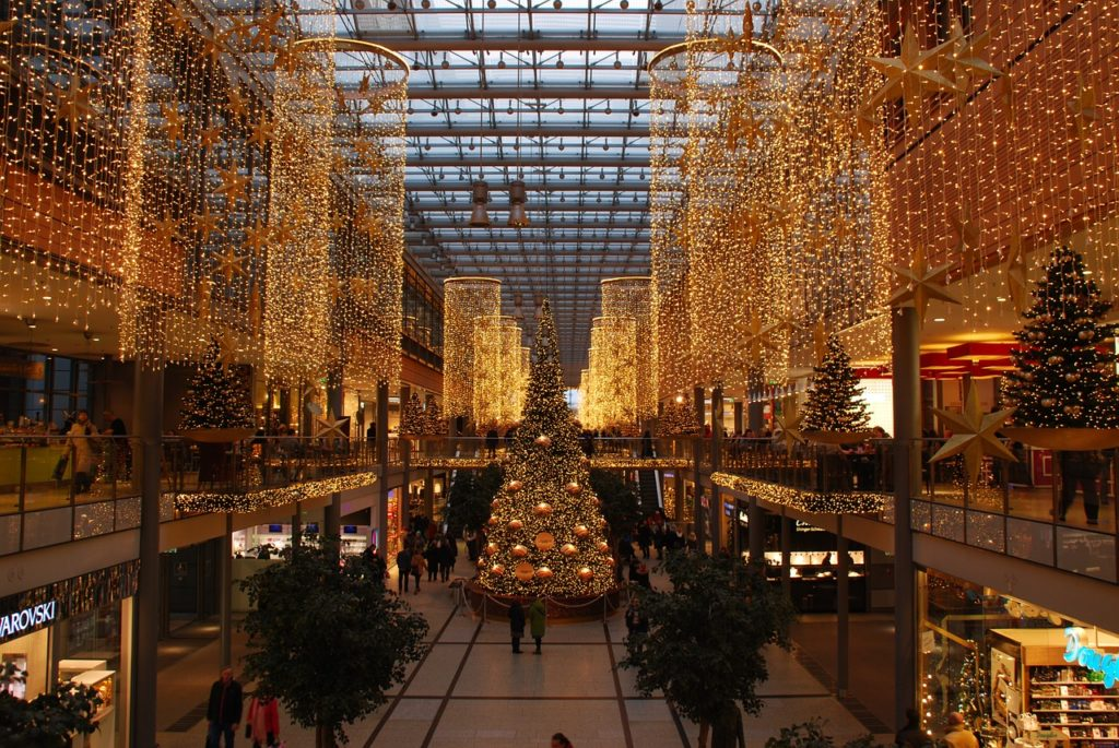 Forward Today: Give thanks for Christmas at the mall | Forward ...