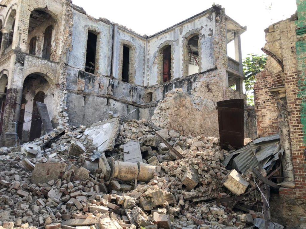 Earthquake damage in Haiti